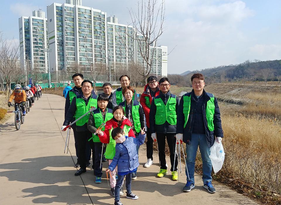티엔나노방진망 남동구 장수천 환경개선 봉사