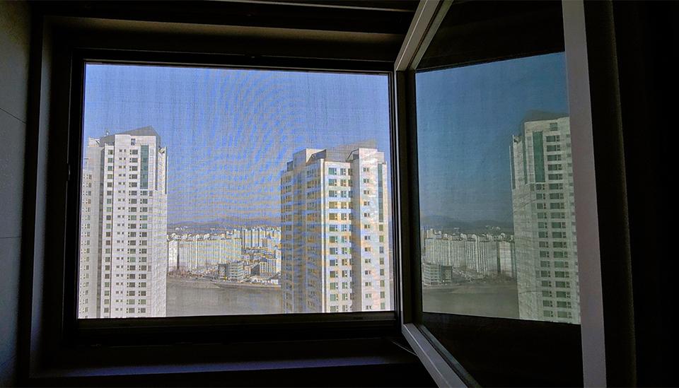 비올때 창문 열려 걱정 No! 티엔나노방진망 물투과실험 비교