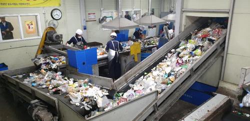 우리나라 쓰레기 재활용률40% VS 일본 80%